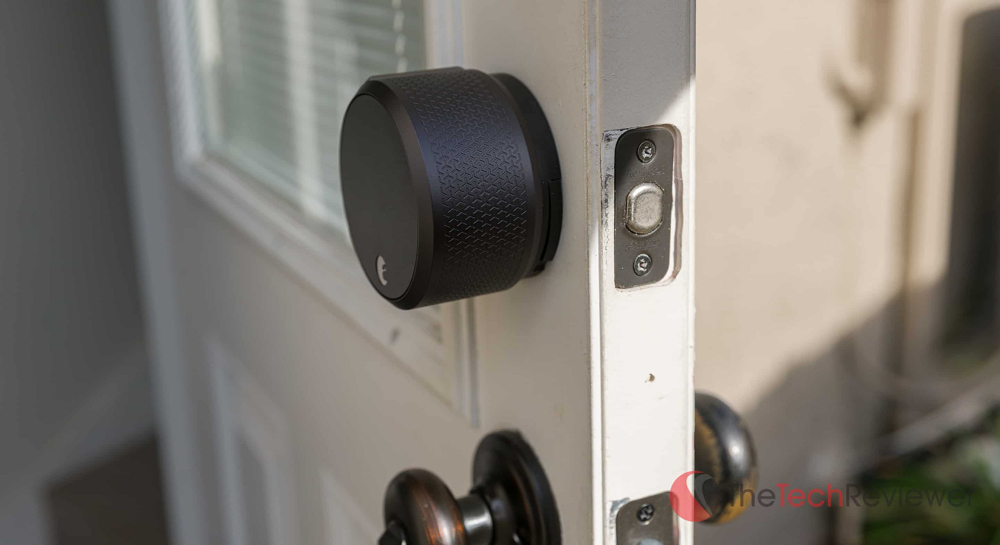August Smart Lock Pro Thickness Side View