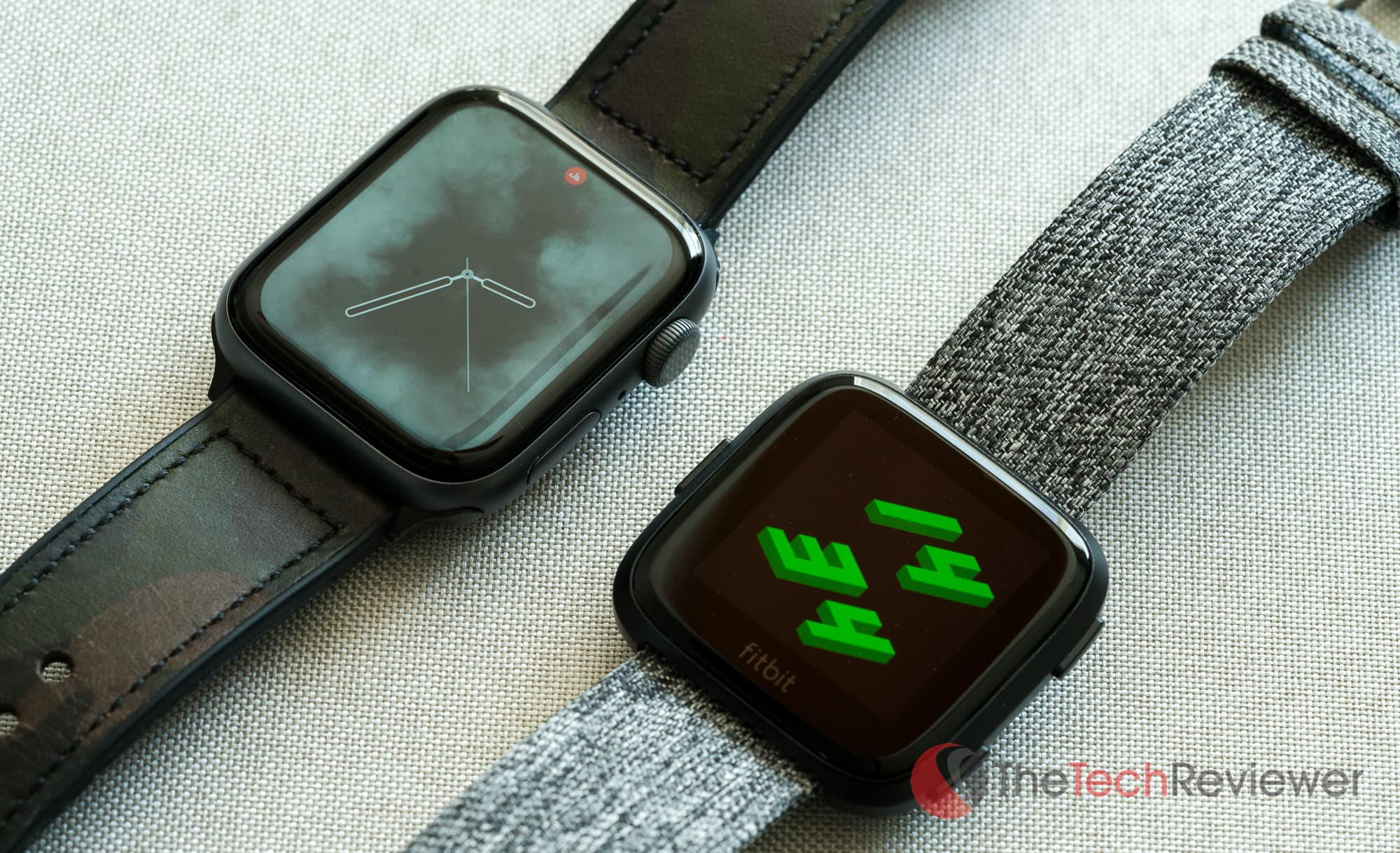 Versa vs Apple Watch Customization